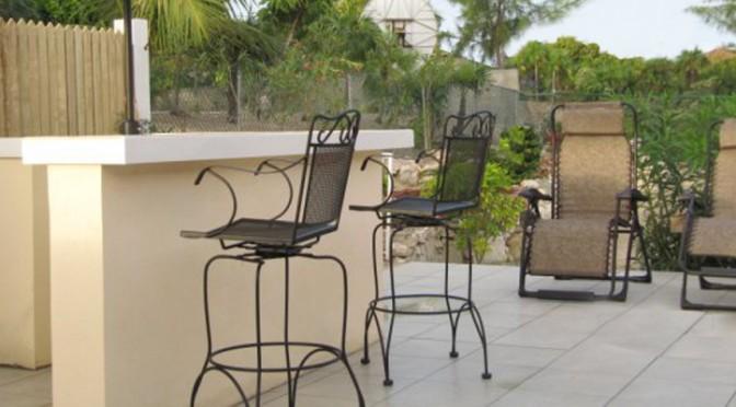 Back yard patio bar